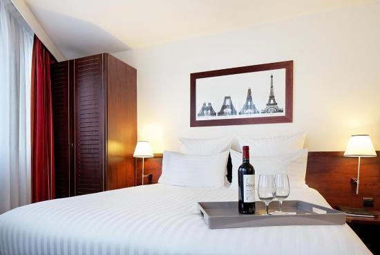 Hotel Concorde Montparnasse: Clas Vina