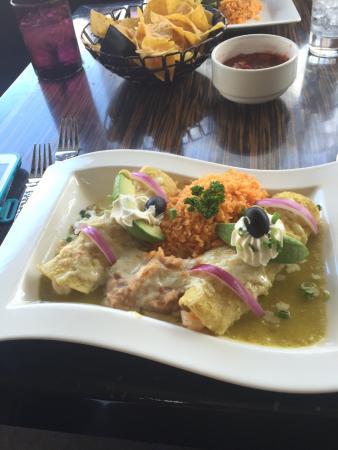 Irvine, CA: Shrimp Enchilada