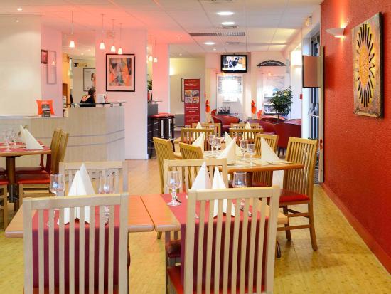 Hérouville-Saint-Clair, France : Restaurant