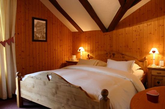Champery, Suiza: Double room Queen