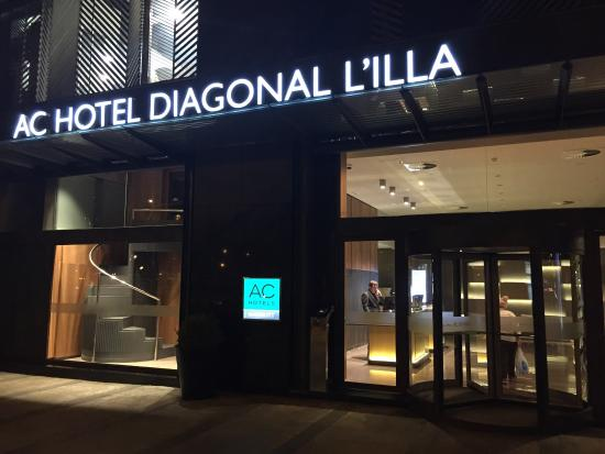 Entrada principal picture of ac hotel diagonal l illa - Ac hotels barcelona ...