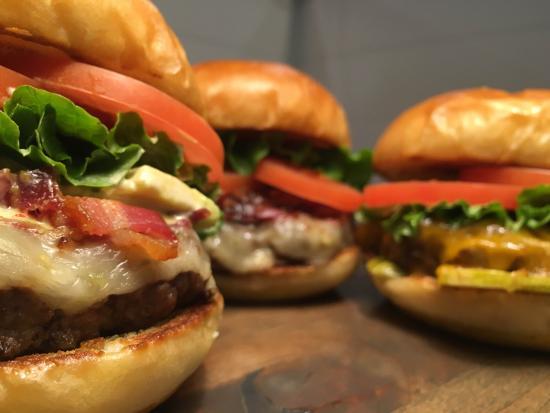 Red Bluff, CA: Gourmet Burgers