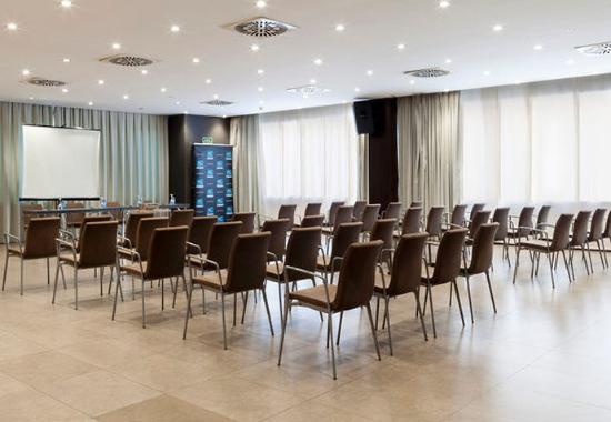 Elda, Spanyol: Gran Forum Meeting Room – Theater Setup