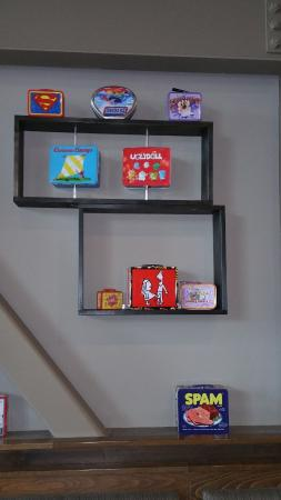 Gig Harbor, WA: More lunch boxes decorate the walls.
