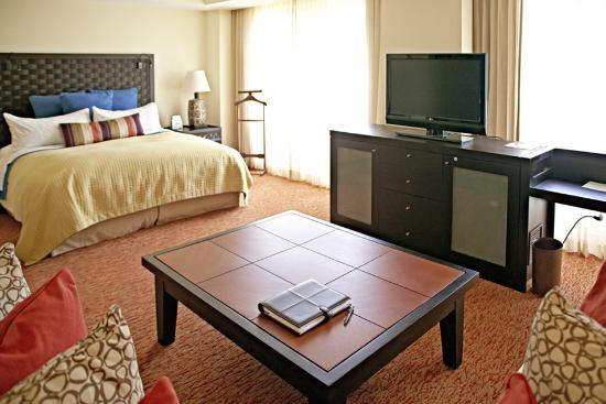 Real InterContinental San Pedro Sula at Multiplaza Mall: Suite