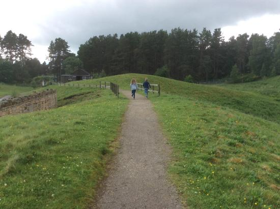 Newtonmore, UK: Running between the centuries