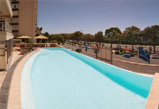 Protea Hotel Cape Castle: Outdoor Pool