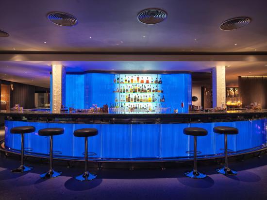 The May Fair Hotel: Bar/Lounge