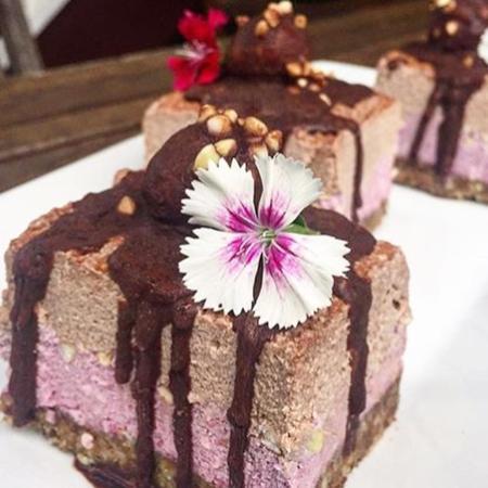 Woombye, Australia: Vegan and gluten free Raspberry Choc Chunk