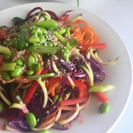 Woombye, Australia: Raw Rainbow Pad Thai Salad