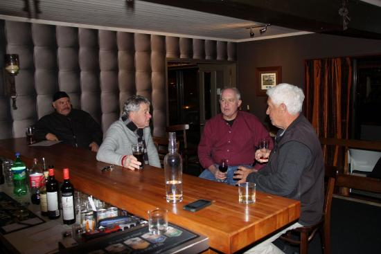 Asure Parklands Motor Lodge: Restaurant & Bar