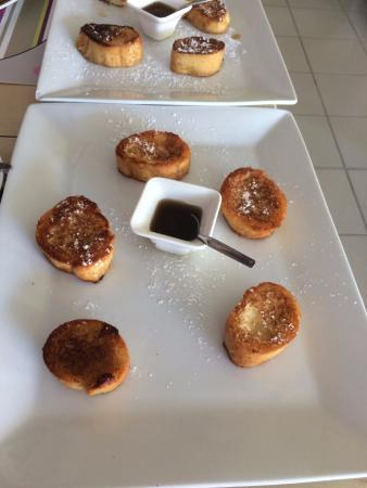 """L'Oasis: The French Toast """"side order"""""""