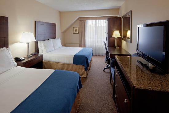 Saint-Jean-sur-Richelieu, Canadá: Queen Bed Guest Room