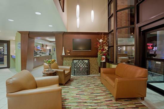 Saint-Jean-sur-Richelieu, Canadá: Hotel Lobby