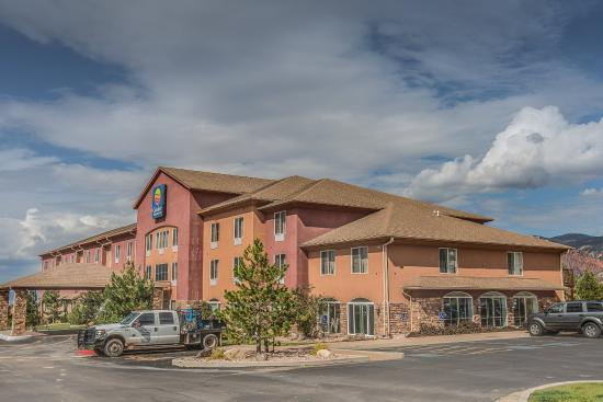 Comfort Inn & Suites Cedar City: Exterior