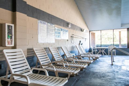 Econo Lodge Beaufort: Pool