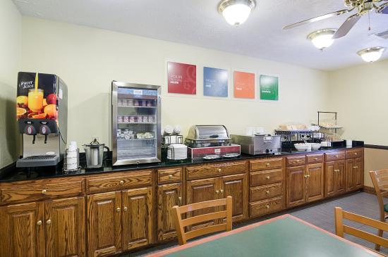 New River Inn: Breakfast