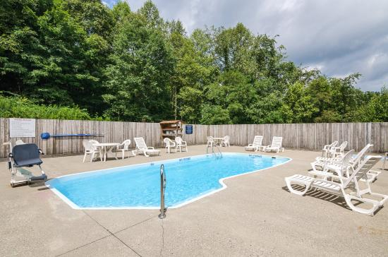 Oak Hill, Virginia Occidental: Pool