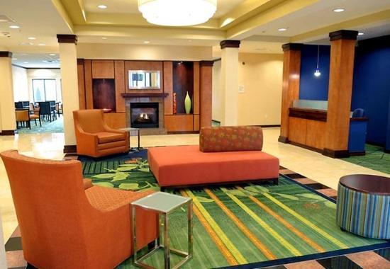 Fairfield Inn & Suites Portland North Harbour: Lobby