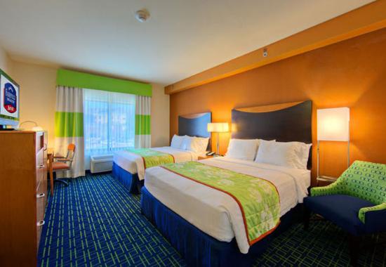 Fairfield Inn & Suites San Antonio SeaWorld/Westover Hills: Queen/Queen Guest Room