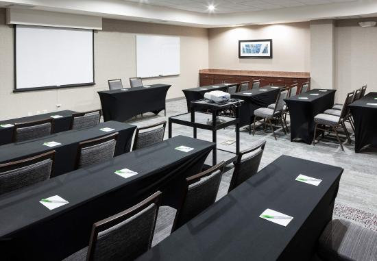 Courtyard by Marriott Miami at Dolphin Mall: Meeting Space
