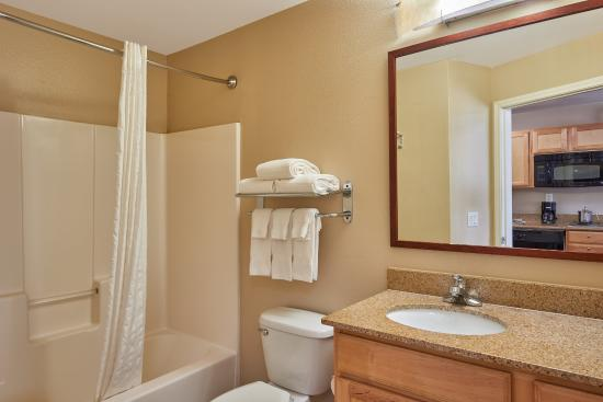Katy, TX: Guest Bathroom in each of our Studio Suites!