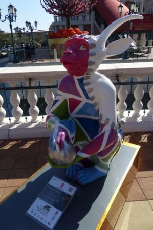 The Venetian Macao Resort Hotel: Venetian Macao Resort - Monkey sculpture (CNY 2016) - 11