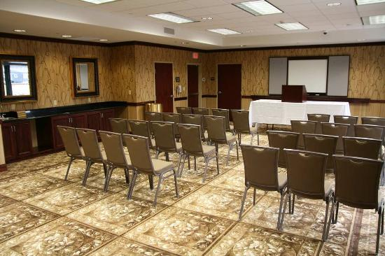 Fruitland, MD: Meeting Room