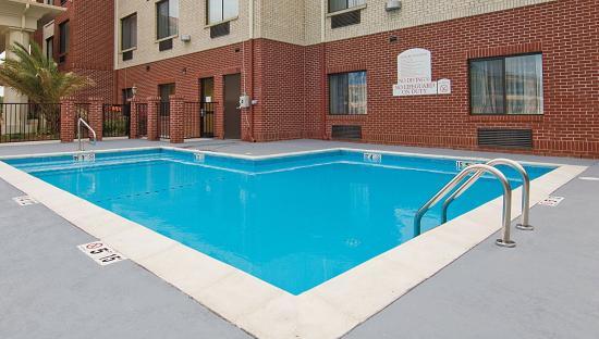 Ocean Springs, MS: Swimming Pool