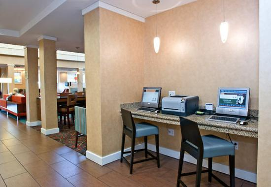 West Chester, OH: Business Center