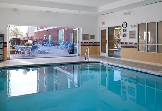 New Bern, Karolina Północna: Indoor Pool