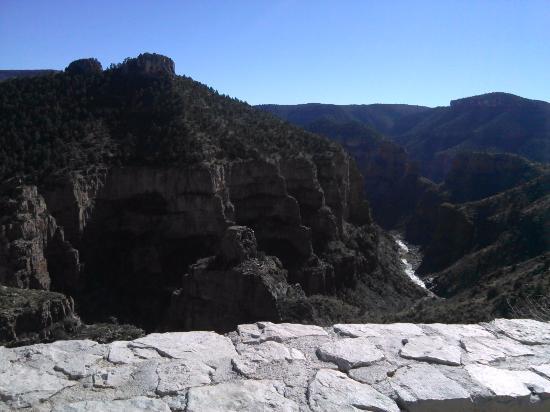 โกลบ, อาริโซน่า: The canyon