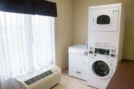 Vestal, NY: Laundry Facility