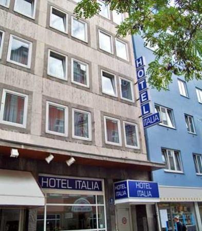 hotel im bahnhofsviertel rotlichtbezirk hotel italia m nchen bewertungen tripadvisor. Black Bedroom Furniture Sets. Home Design Ideas