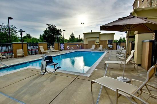Δυτικό Σακραμέντο, Καλιφόρνια: Outdoor Pool
