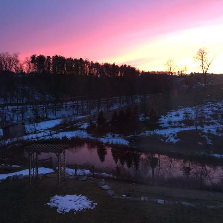 Fogelsville, Pennsylvanie : Beautiful sunset from our room.