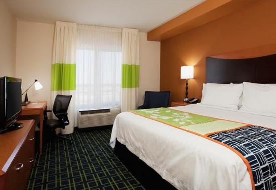 Chandler, AZ: King Guest Room