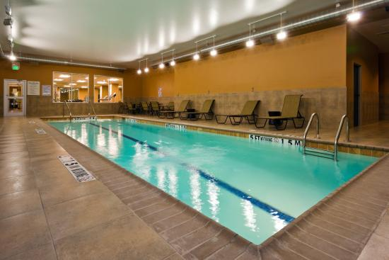 Holiday Inn San Antonio NW - Seaworld Area : Our hotel features an indoor lap pool for year round recreation