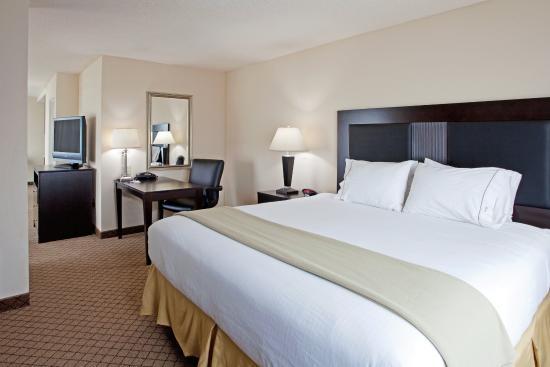 Newberry, ساوث كارولينا: Newberry South Carolina Hotel King Suite Executive