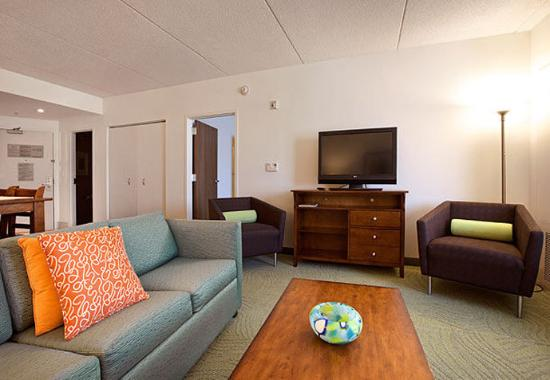 Athens, GA: Presidential Suite Living Area