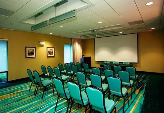 Athens, GA: Daniells Room