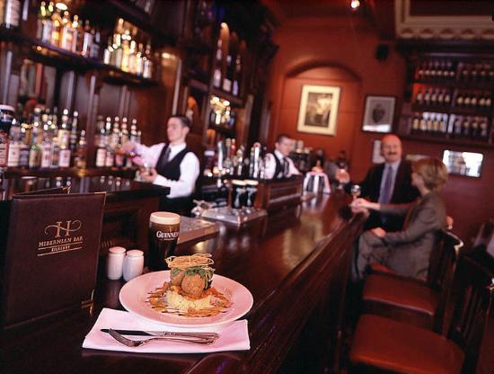 Kilkenny Hibernian Hotel: Hibernian Bar