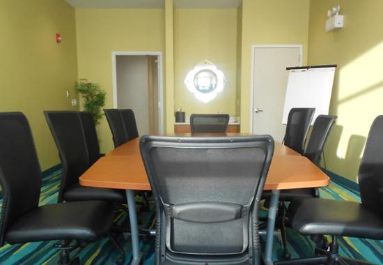 Grand Forks, ND: Boardroom