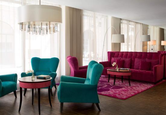 Renaissance Malmo Hotel: Lobby - Seating Area