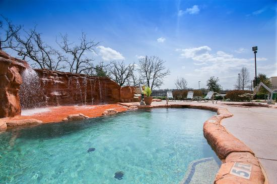 Denton, TX: Pool