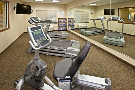 Holiday Inn Express Hotel & Suites Ripley: Fitness Center
