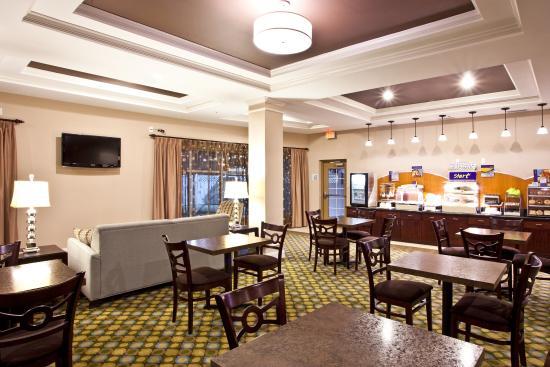 Breakfast Bar - Holiday Inn Express Palatka Northwest