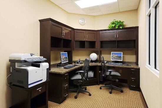 East Point, GA: 24 Hour Business Center