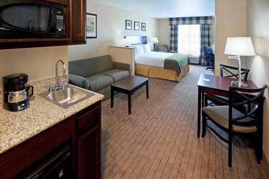Cicero, NY: Suite
