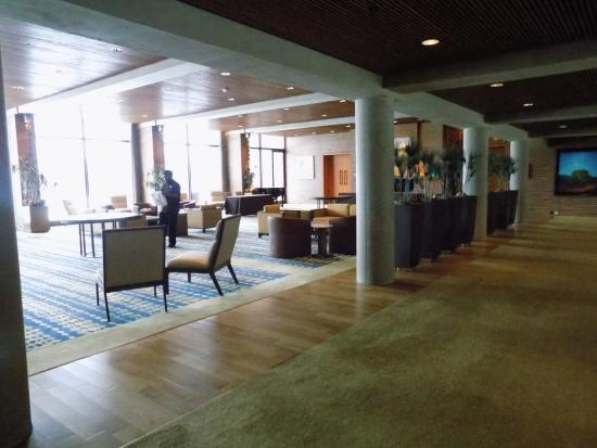 Oak Brook, IL: Lobby